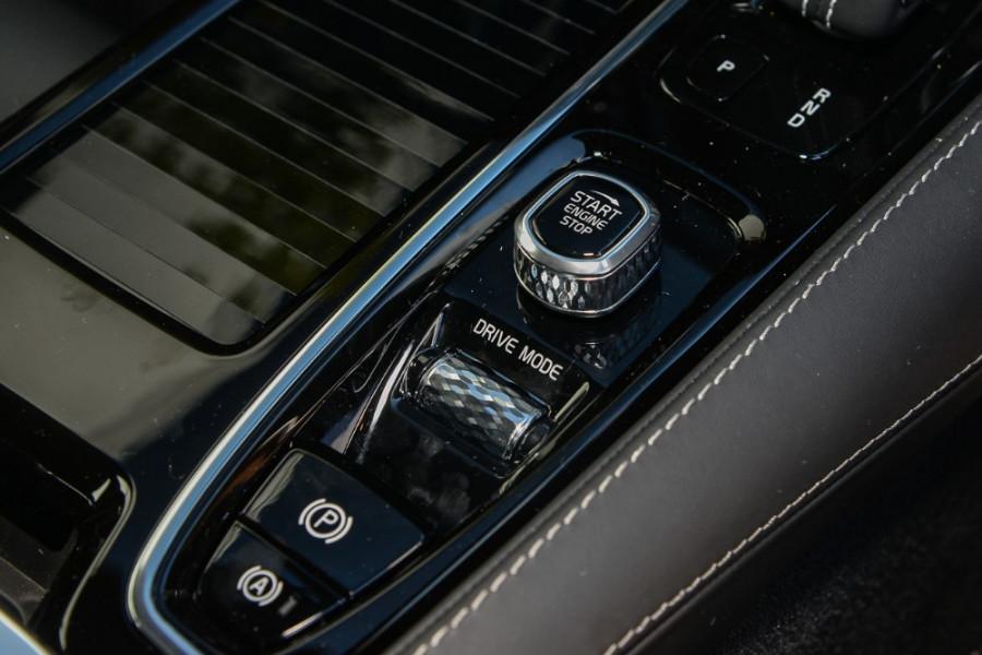 2019 MY20 Volvo S60 Z Series T8 R-Design Sedan Mobile Image 14