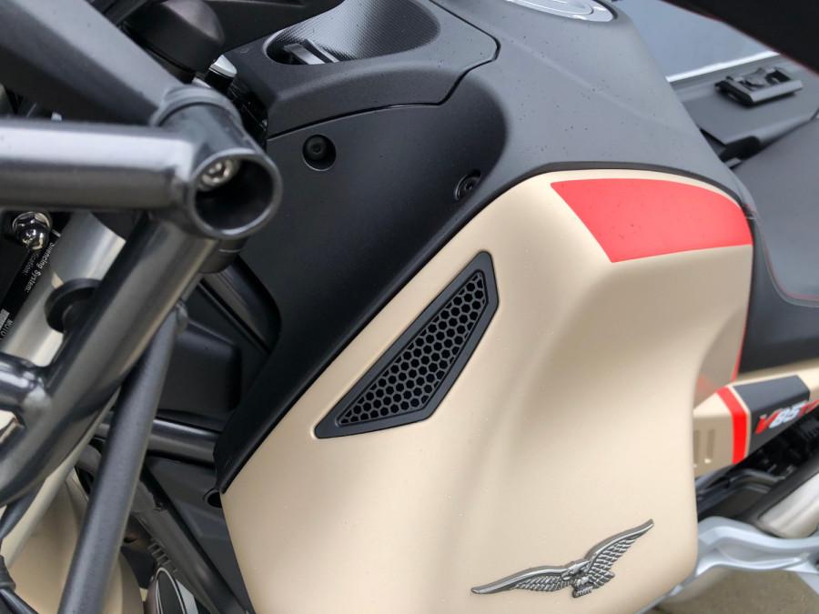 2020 Moto Guzzi V85TT Travel Motorcycle Image 9