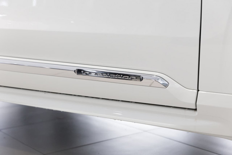 2019 Volvo XC90 L Series D5 Inscription Suv Image 13