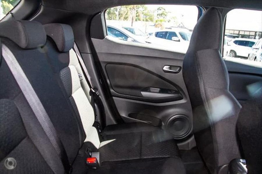 2020 Nissan JUKE F16 ST Plus Hatchback Image 9