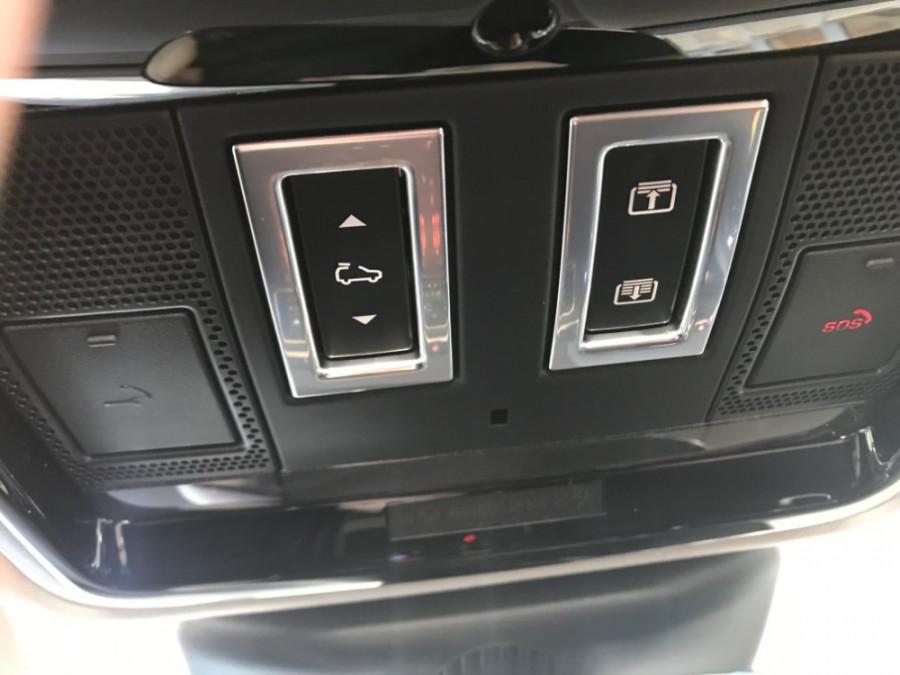 2019 MY19.5 Land Rover Range Rover Velar L560 Velar SE Suv