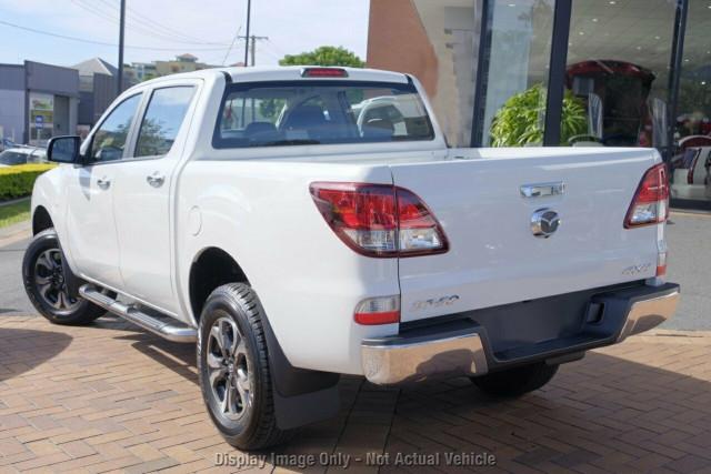 2020 MY18 Mazda BT-50 UR 4x4 3.2L Dual Cab Pickup XTR Utility Image 3