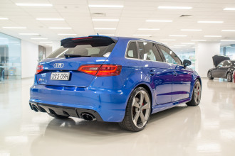 2016 Audi Rs3 Hatchback Image 4