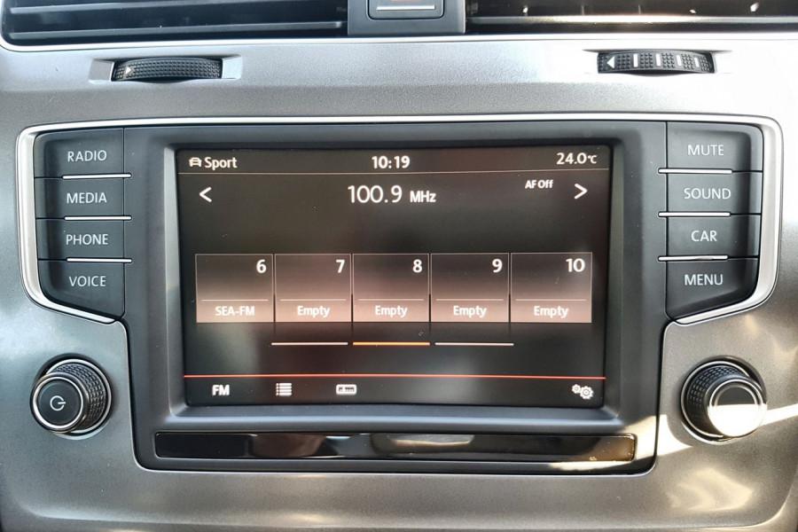 2016 Volkswagen Golf 7 92TSI Hatch Image 9