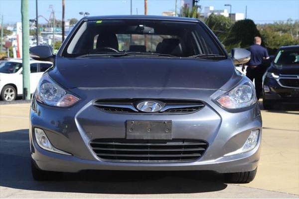 2011 Hyundai Accent RB Premium Sedan Image 5