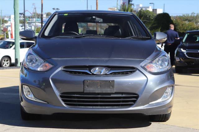 2011 Hyundai Accent Premium
