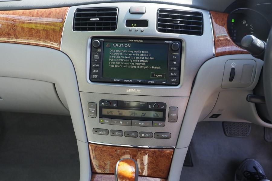 2005 Lexus Es MCV30R MY05 ES300 Sedan Image 13