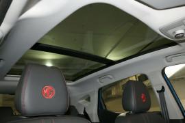 2020 MY21 MG ZST S13 Essence Wagon image 15