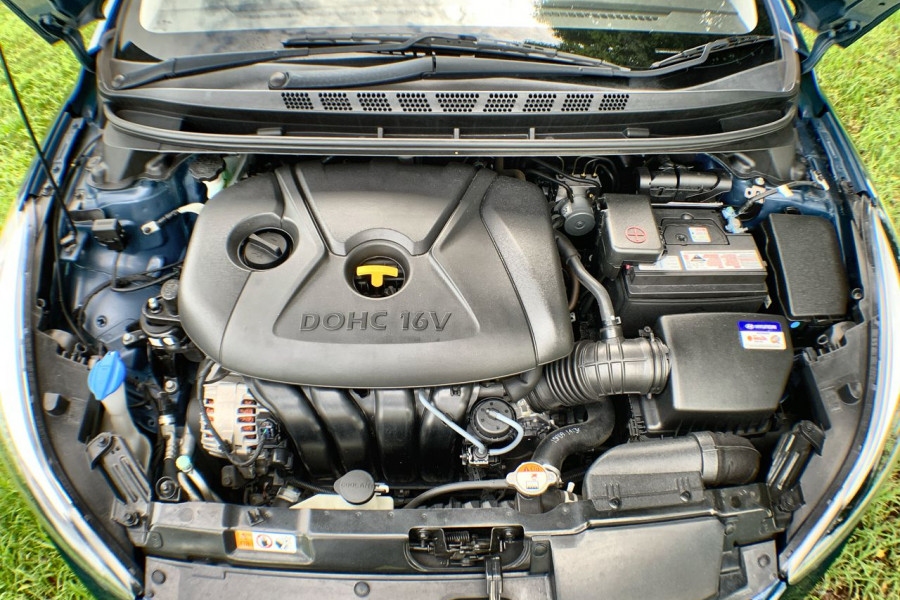 2015 Hyundai Elantra MD3 SE Sedan