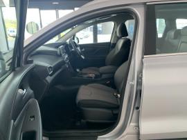 2019 Hyundai Santa Fe TM Active Suv Image 5