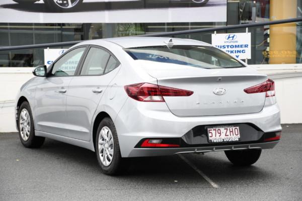 2019 Hyundai Elantra AD.2 Go Sedan Image 3