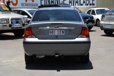 2003 Ford Focus LR MY03 LX Sedan Image 4