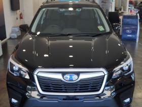 Subaru Forester AWD   2.5i