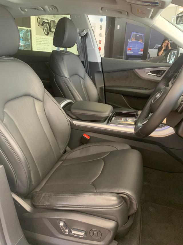 2019 Audi Q8 4M MY19 55 TFSI Suv Image 12