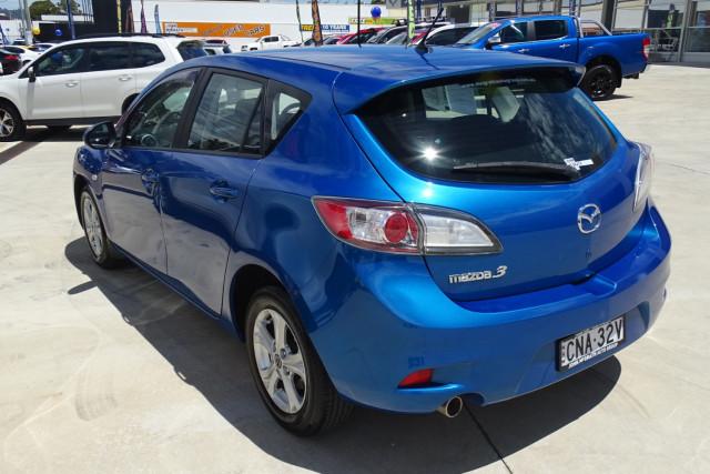 2013 Mazda 3 Neo Hatch