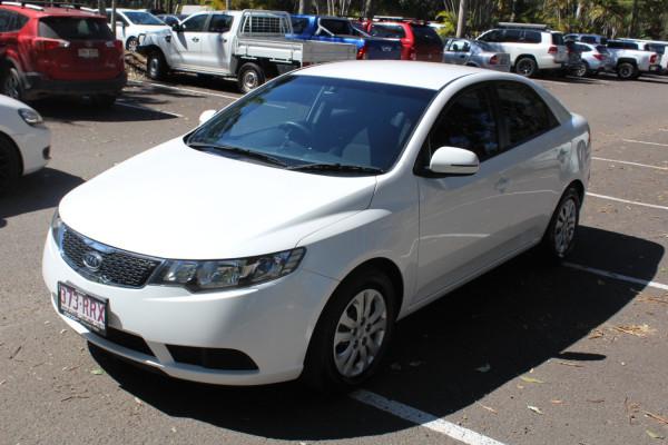 2012 Kia Cerato TD  Si Sedan Image 4