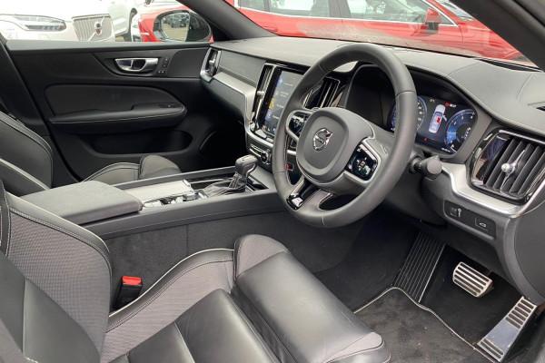 2020 Volvo S60 Z Series T5 R-Design Sedan Image 3