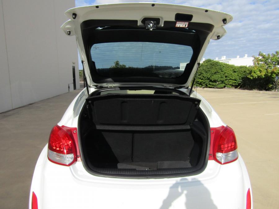 2013 Hyundai Veloster FS2 FS2 Hatchback Image 9
