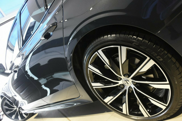 2019 MY20 Volvo S60 Z Series T8 R-Design Sedan Image 4