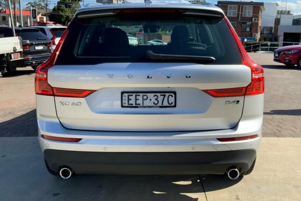 2019 MY20 Volvo XC60 246 MY20 D4 Momentum (AWD) Suv Image 5