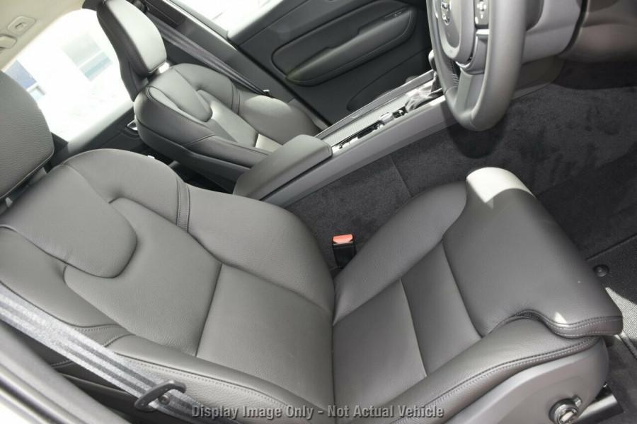 2019 MY20 Volvo XC60 UZ T5 Momentum Suv Mobile Image 10