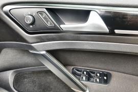 2016 Volkswagen Golf 7 GTI Hatch Image 4