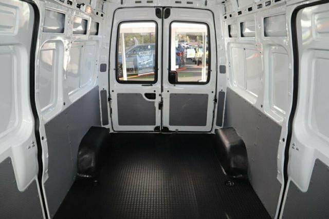 2020 MY19 LDV V80 (No Series) LWB High Roof Van Image 6