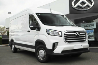 LDV Deliver 9 LWB (Mid Roof)