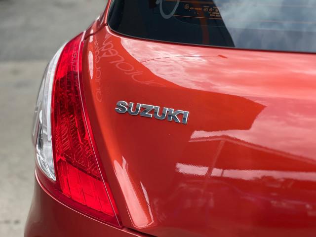 2012 Suzuki Swift FZ GL Hatchback Image 11