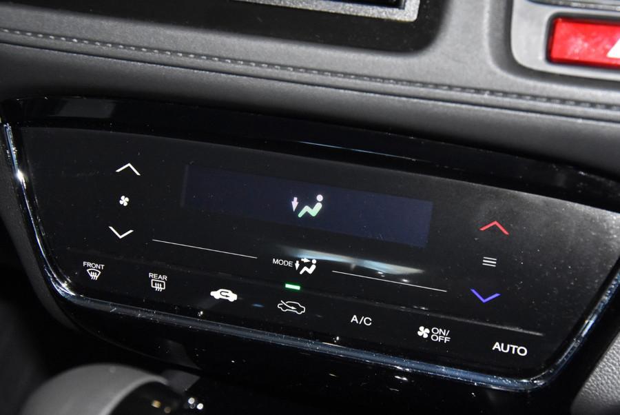 2015 Honda HR-V VTi-S Suv Image 13