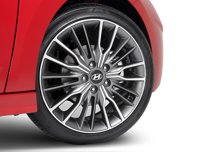 "<img src=""18"" Ulsan Grey and Silver Alloy wheel & Tyre package (sold singularly)."