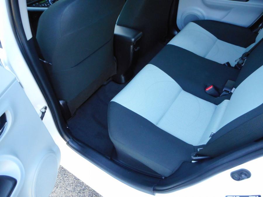 2013 MY12 Toyota Prius Image 14