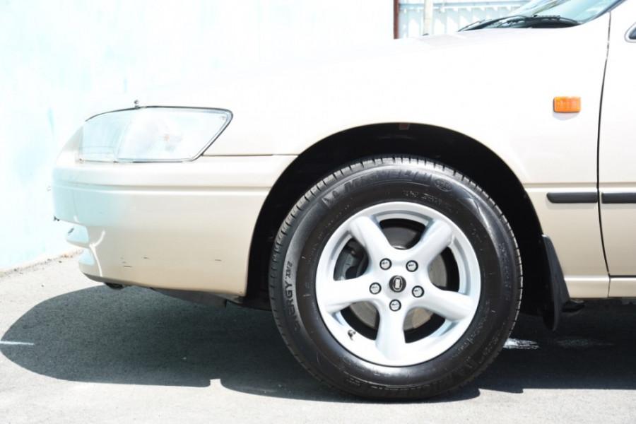 1999 Toyota Camry MCV20R CSi Sedan Image 5