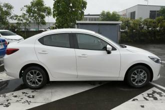 2021 MY20 Mazda 2 DL Series G15 Pure Sedan Sedan image 3