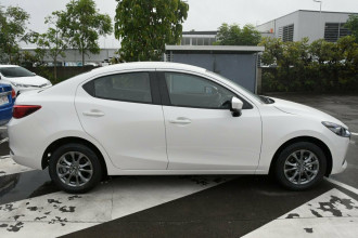 2021 MY20 Mazda 2 DL Series G15 Pure Sedan Sedan Image 3