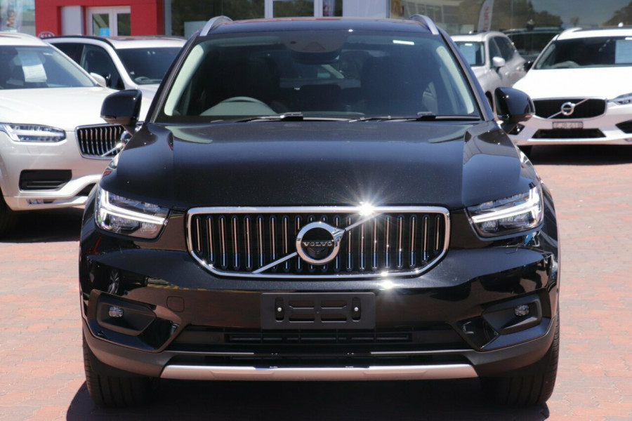 2020 Volvo XC40 XZ T4 Inscription Suv Image 16