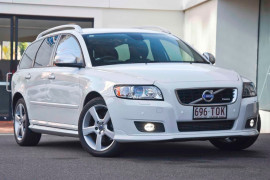 Volvo V50 T5 R-Design (No Series) MY12