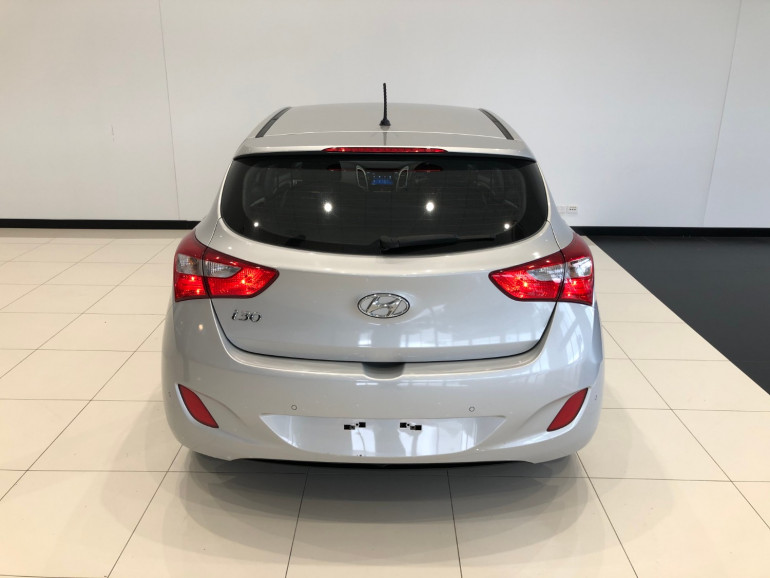 2016 Hyundai i30 GD3 Series II Active Hatchback Image 5