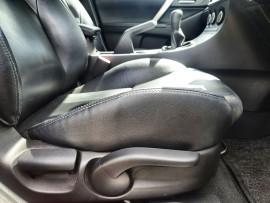 2011 Mazda 3 BL10L2 SP25 Hatch Image 5