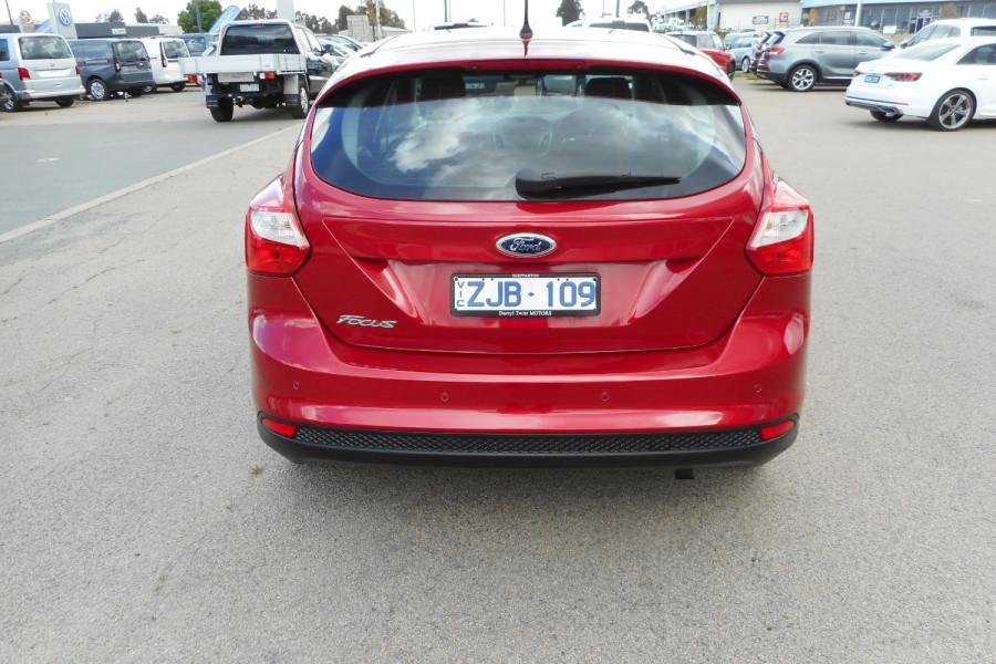 2012 Ford Focus LW  II AMBIENTE Hatchback Image 7