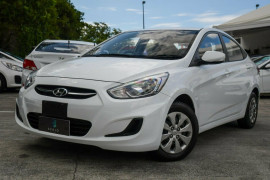 Hyundai Accent Active RB2 MY15