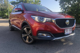 MG ZS Essence 2WD AZS1