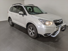 Subaru Forester 2.5i Luxury S4