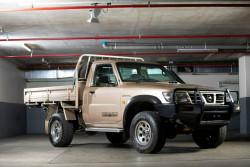 Nissan Patrol ST (4x4) GU