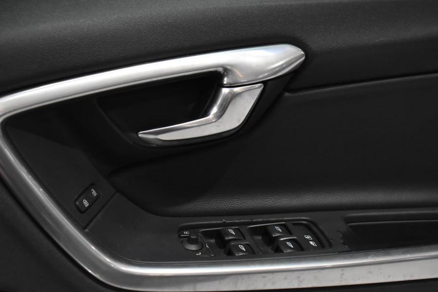 2016 Volvo S60 (No Series) MY16 T4 Luxury Sedan Image 24