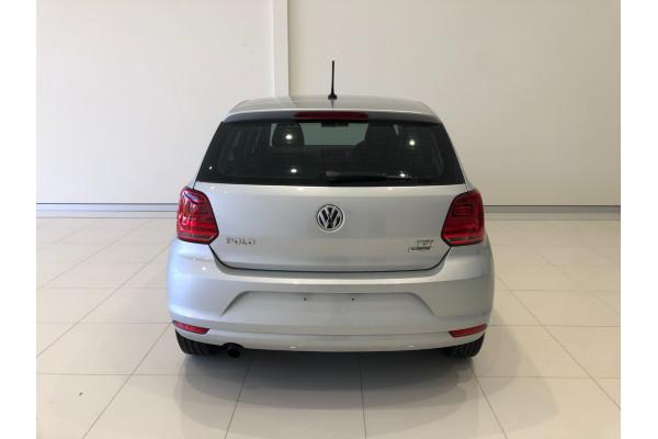 2014 Volkswagen Polo 6R Turbo 81TSI Comfortline Hatchback Image 5