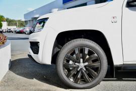 2019 MYV6 Volkswagen Amarok 2H Highline Black 580 Utility Image 5