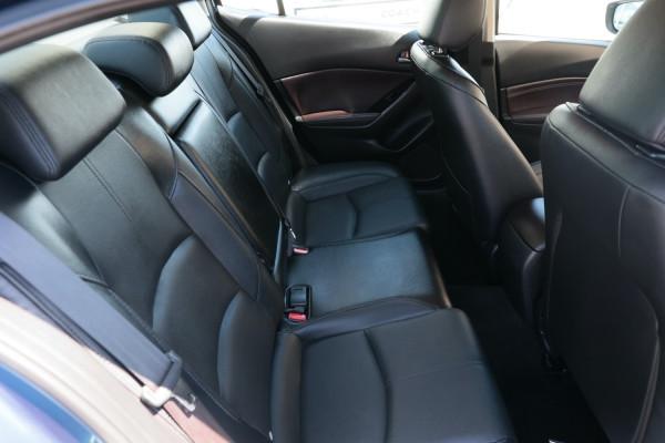 2017 Mazda 3 BN5238 SP25 Sedan Image 5