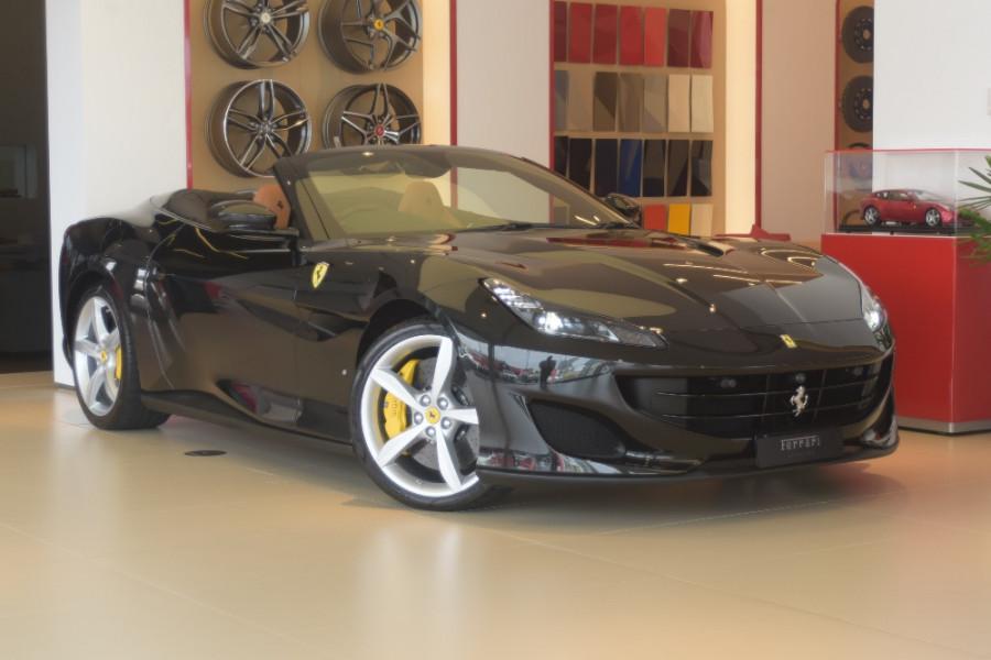 2018 Ferrari Portofino Convertible Mobile Image 1