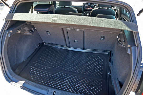 2017 MY18 Volkswagen Golf 7.5 MY18 GTI DSG Hatchback Image 5